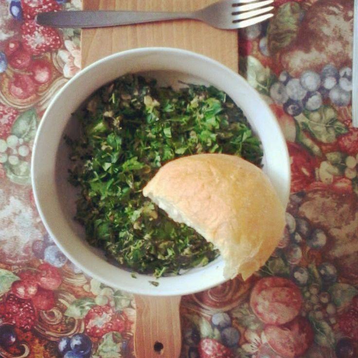 Potrawka z komosy białej (lebiody) a'la szpinak