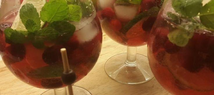 Mojito van cranberry, feestcocktail voor bij het aperitief   Lekker Tafelen