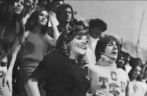 El primer paso... de la mujer 1974