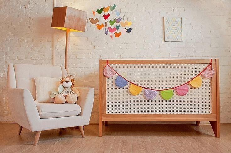 A poltrona, luminária e berço da marca Ameise Design estão disponíveis na Baby Bum Feira Infantil (babybum.com.br/sao-paulo). O primeiro produto custa R$ 2.100; o segundo R$ 800 e o terceiro R$ 2.760. O evento ocorre de 16 a 19 de maio de 2013
