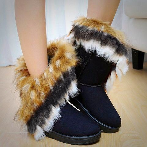 It's cold outside  - Elegant Snow Boots with Faux Fur. Upliked by SAMMYdress
