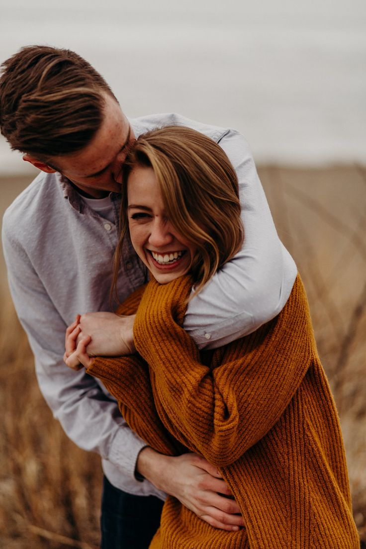 Presque Isle State Park Engagement Session, Winter Engagement Session, Ohio Enga…