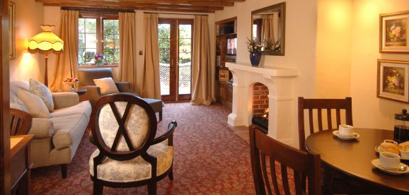 Two bedroom cottage accommodation nelson