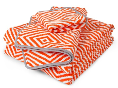 Diamonds Are Forever  Colorful and fun doesn't also have to mean cheesy and babyish. Take, for example, the new bath towels from happy-chic guru Jonathan Adler. Each is a bright pick-me-up for a neutral bath.