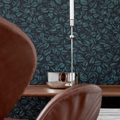 Amorina - tapet med blade designet af den svenske tekstil desigmer Viola Gråsten.