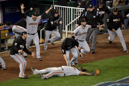 SF Giants close out Royals to win World Series | ABS-CBN News