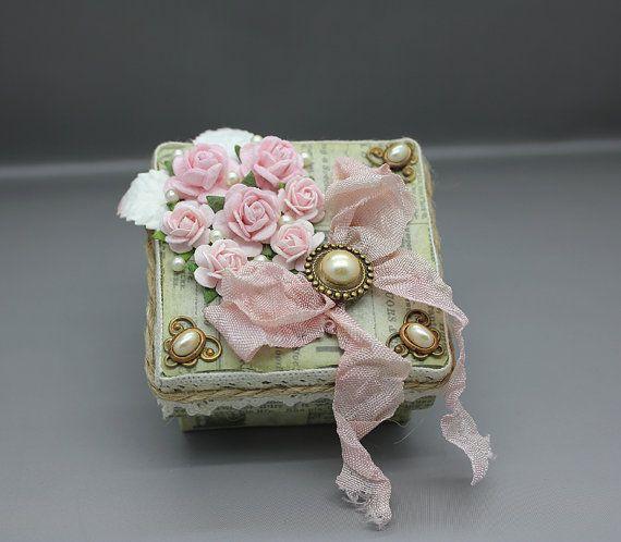 Handmade shabby chic gift or keepsake box by AnoniJewellery