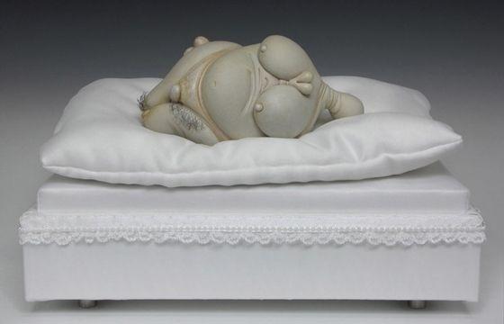 Juxtapoz Magazine - Bizarre Porcelain Sculptures by Jason Briggs