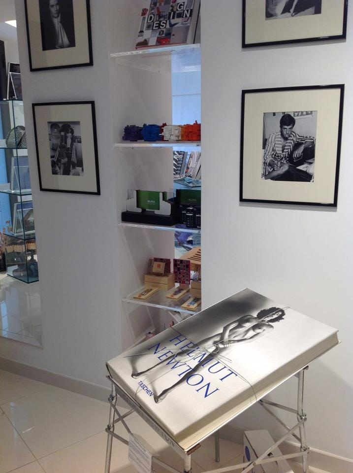 HELMUT NEWTON SUMO - SIGNED LIMITED EDITION WITH STAND OF PHILIPPE STARCK