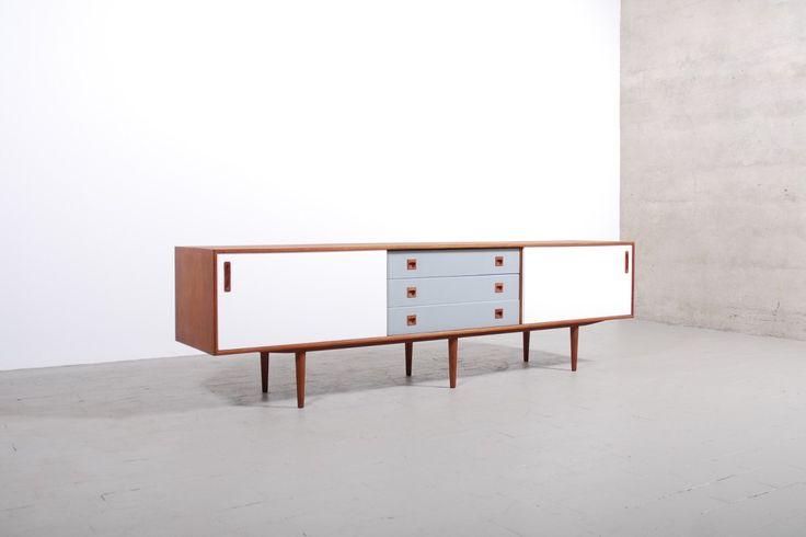enfilade scandinave teck 1950 1960 buffet vintage danois. Black Bedroom Furniture Sets. Home Design Ideas
