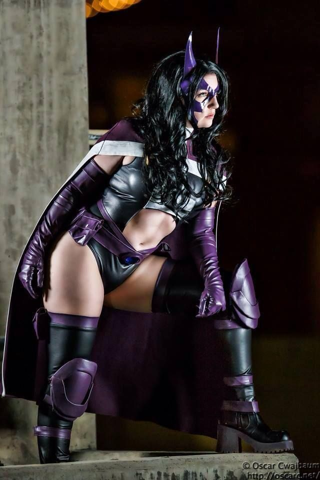 Huntress cosplay by Wind of the Stars