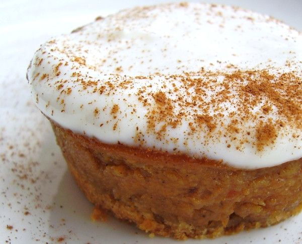 "How to avoid over-sized portions but want a piece of #pie? ""Special-size it!"" Bake individual pies in muffin tin.     Photo: Petite #Pumpkin Pie    (hint: the crust is just graham cracker crumbs & topping is Greek yogurt based)"