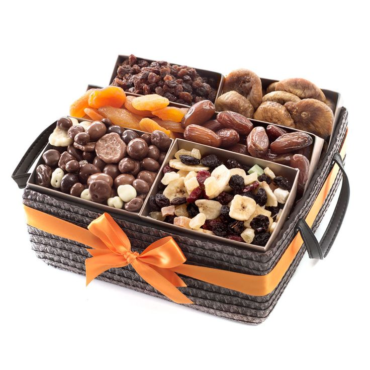 Dried Fruit Basket - Delivery in Belgium by GiftsForEurope