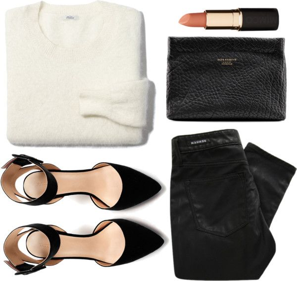 I would rather wear some leather style leggings with this but love everything together!