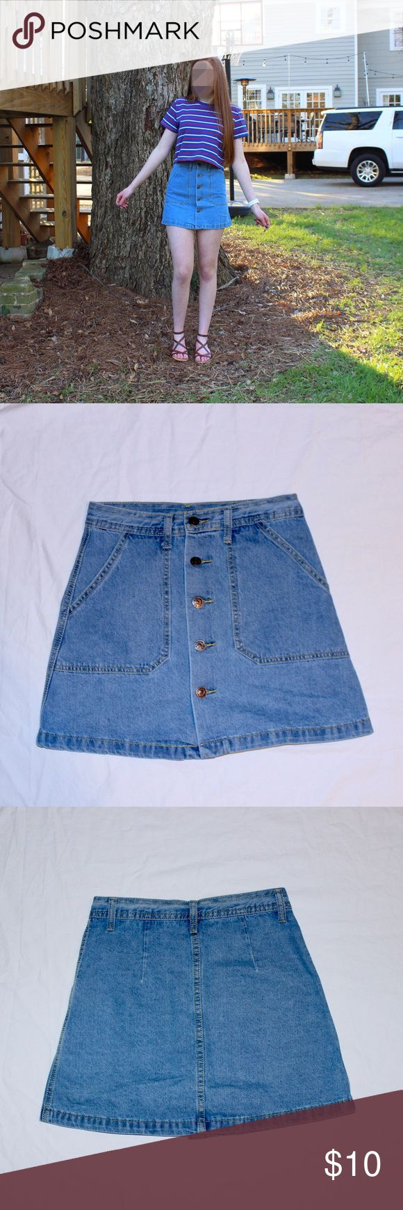 "NEW High Waisted Button Mini Skirt SALE Blue Jean High-Waisted Button Mini Skirt, New, Summer, Size Small  Model: height: 5'7"" weight:125 lbs  DISCOUNT SHIPPING ON BUNDLES :) LESS THAN 24 HOUR SHIPPING ALWAYS :) Skirts Mini"