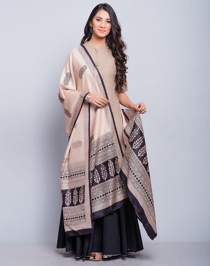 Cotton Khadi Elbow Sleeves Long Kurta-Brown/Olive: Buy Fabindia Cotton Khadi Elbow Sleeves Long Kurta-Brown/Olive Online in India. – Fabindia.com