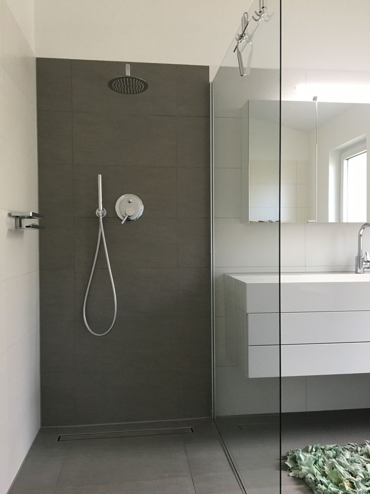 Badezimmer Dusche Fliesen Wasseranschluss Hinter Der Wand
