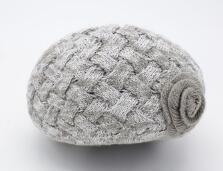 2017 fashionable novelty flower pattern knitting women caps grey acrylic beautiful round hats womens beanie hats DS20170146 x111