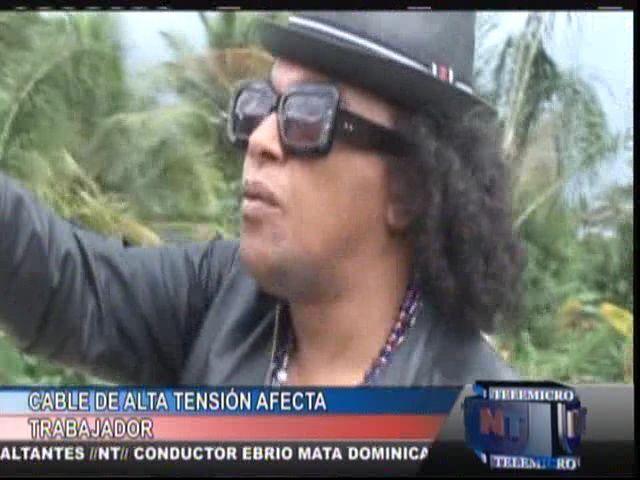 Cable De Alta Tension Afecta Un Hombre En La Casa De Sergio Vargas #Video