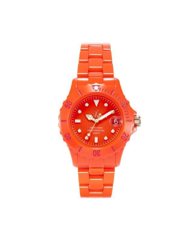 ToyWatch, fondata nel 2006, si presenta sul mercato mondiale con una collezione innovativa di orologi che dettano tendenze, per colori e materiali.  Potrete scegliere il vostro orologio estivo tra una vasta gamma di colori. #ToyWatch #orologiToyWatch #orologiperlestate  #orologicolorati #MontorsiModenaboutique
