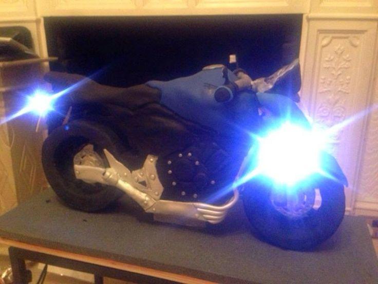 jaipat: Motorbike Cake  : Honda Hornet 2008