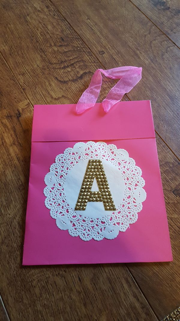 gifts to give for bridal shower games%0A DIY baby shower gift bags   inspiration  party  game  homemade  present