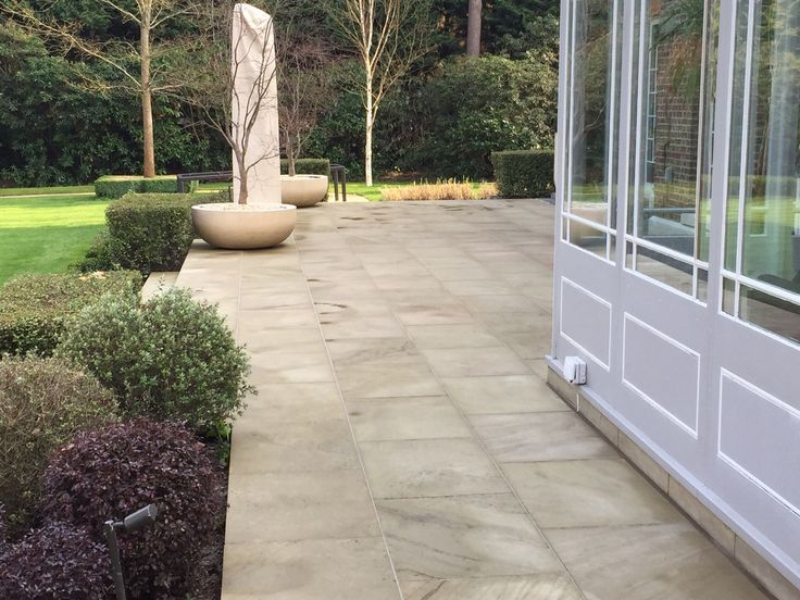 Paving to die for, sawn Yorkstone
