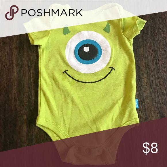 6-9 Month Baby Boy Disney Onesie 6-9 month green Monsters Inc. Disney onesie Disney One Pieces Bodysuits