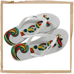 Reef Recife 2 Flip Flop White Reef Recife 2 Flip Flop Waterproof Jelly Strap Thin Super Soft Rubber Sponge Body Textured Footed and Outsole for Traction Reef Logo Print on Footbed http://www.comparestoreprices.co.uk/sports-shoes/reef-recife-2-flip-flop-white.asp