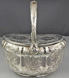 Caja de té de plata