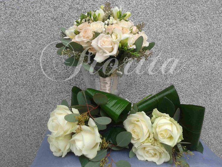Svatební kytice z růží, frézií a bouvardií, kytice pro maminky