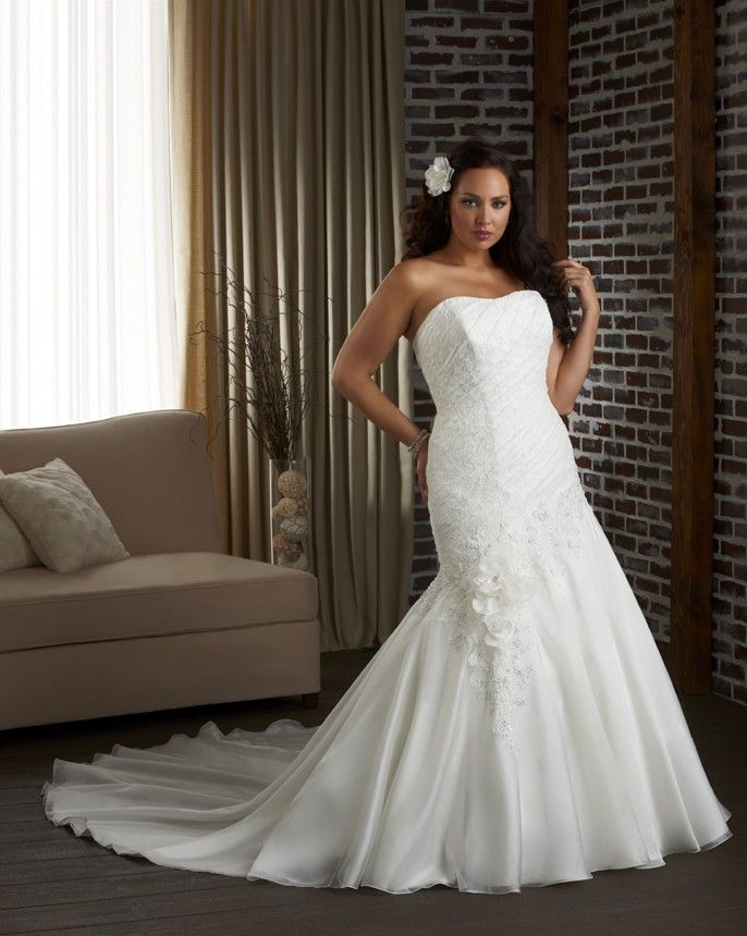 37 Best Off The Rack Wedding Gowns Images On Pinterest Wedding