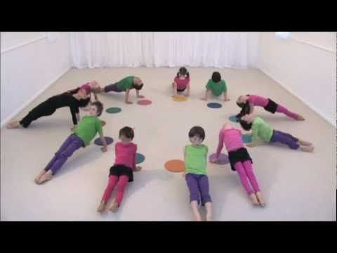 From Yoga to Dance for Kids :Kaleidoscope Sequence . Yogaresources 3.16http:// VERSCHILLENDE PINS OP: www.pinterest.com/emiletijl/yoga-voor-kinderen/
