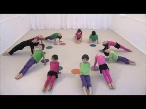 Todo Yoga: Una clase de yoga divertida para niños