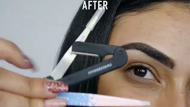 Preen.Me VIP Sabrina creates this #BackToBrows look using her gifted TWEEZERMAN grooming and defining essentials. Check out her tutorial by clicking through.
