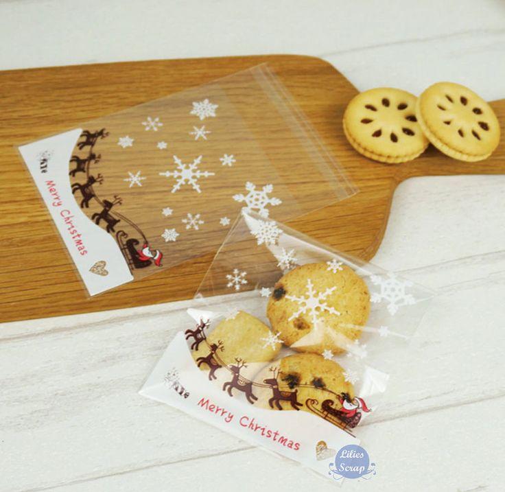 15 / 25 sachets 10 x 10 cm Merry Christmas Noël flocons de neige pochette cadeau cellophane avec bande auto-adhésive de la boutique LiliesScrap sur Etsy