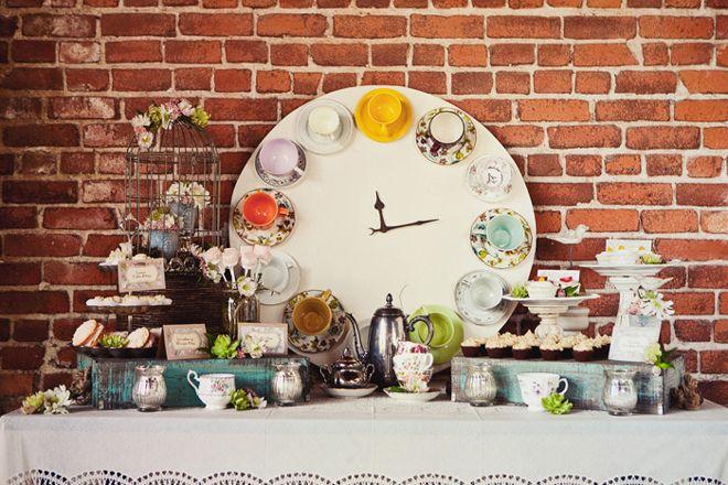 #teaparty clock @SweetTableCa