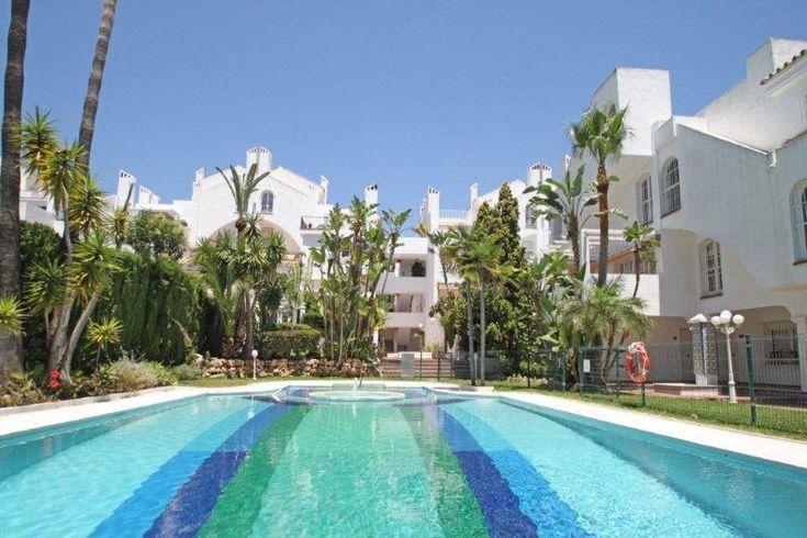 Toda la información acerca de: Apartamento duplex com piscina, Marbella, Espanha