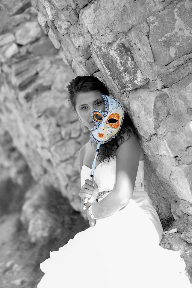 Pentru Sedinte Foto profesionale sau pentru prelucrare fotografii puteti apela urmatoarele contacte: 0762 117 887 / 0721 249 845 sau pe e-mail: xmediastudio@yahoo.com, sau www.xms.ro, www.studio-photo.ro