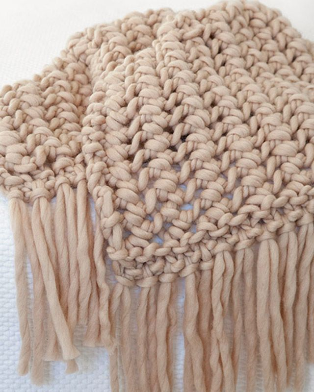 Stickbeskrivning på filt i Big Mama yarn från Muchis.se
