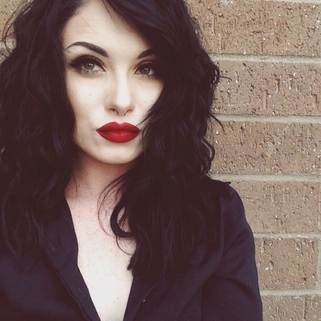 how to make pale skin with markers