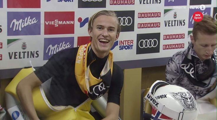 His smile makes me so happy❤️