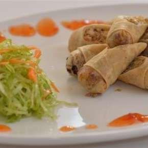 Zöldséges, csirkés tavaszi tekercs - Osaka Sushi & Wok Bar | Rendeld meg most a LeFoodon, Házhozszállítással, online,másodpercek alatt: lefood.hu/osakasushi | Összetevők: 5db | EN: Order now online: Vegetable, chicken spring rolls: 5pcs