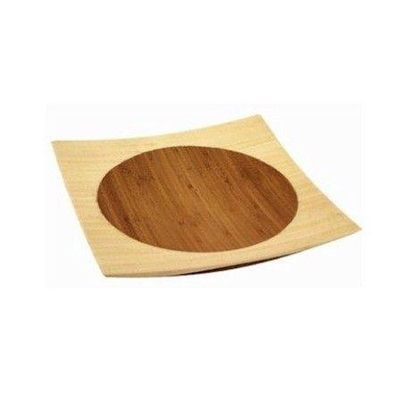 Deze #bamboe #schaal/bord wordt met de hand van platte stroken bamboe gemaakt.