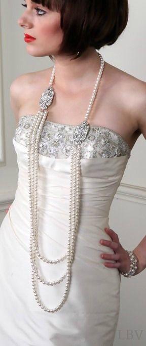 http://www.beadshop.com.br/?utm_source=pinterest&utm_medium=pint&partner=pin13 vestido de noivas com colar de perolas Flapper style with Pearls