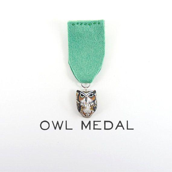 {owl medal} by HandyMaiden: Medalla Handmade, Wedding Parties, 48 00, Friends, Parties Medal, Una Medalla, Cases Iphone, Owl Medal, 38 Handymaiden