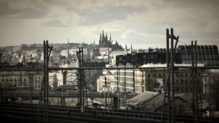 https://flic.kr/p/FGsDqt | Prague | Pohled z cesty na vrch Vítkov
