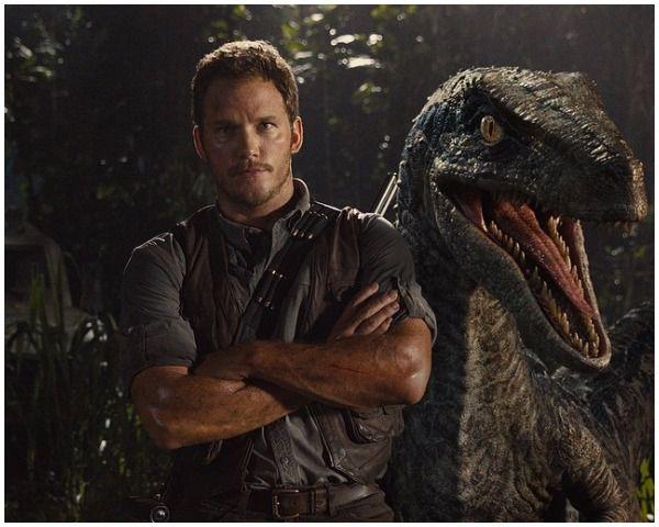 Jurassic World Cast: Sequel Plot Focuses on Dino Abuse? - http://www.morningledger.com/jurassic-world-cast-sequel-plot-focuses-on-dino-abuse/13110831/