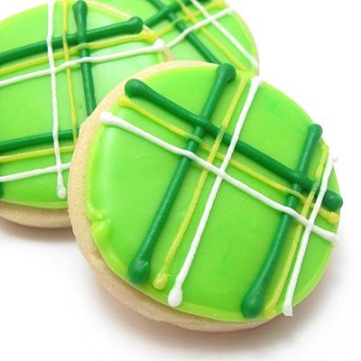 Plaid cookies for St. Patrick's Day. - I could make these...