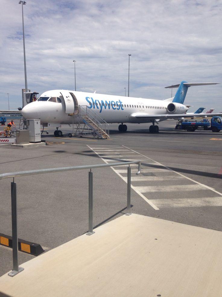 Virgin Australia Fokker 100 in Skywest Livery